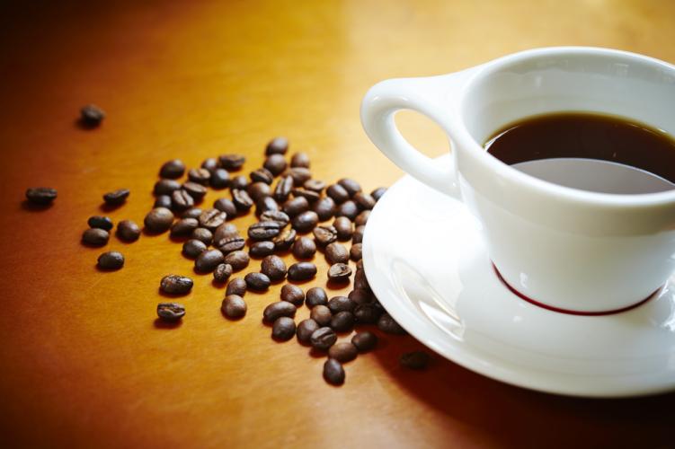 コーヒー飲んでパフォーマンスアップ