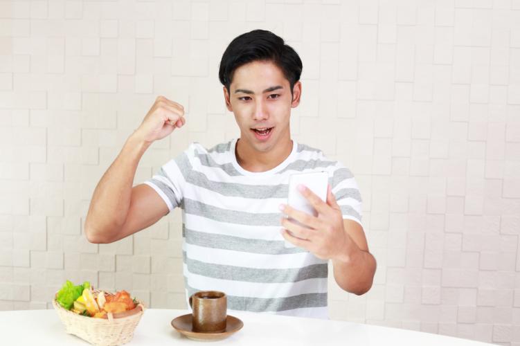 食事回数の改善と5-HTPの摂取