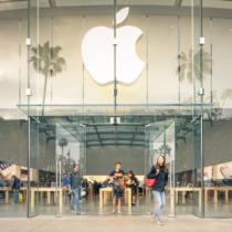 高い高いと言われるApple製品の買い時って?