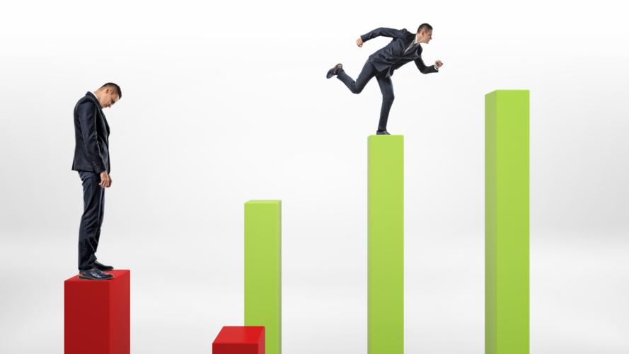 自分で再就職先を見つけるかが、オヤジの選ぶべき道