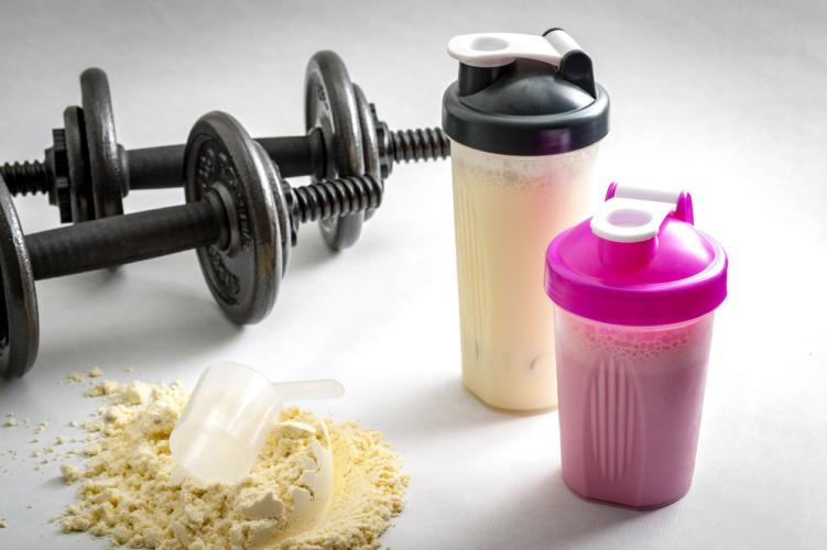 プロテインは筋肉増強剤?