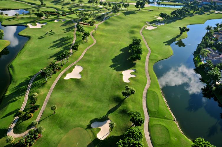 ゴルフコースの障害物について
