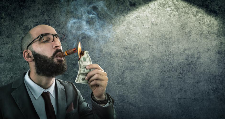 系列ノンバンクや、投資商品勧誘が危ない?