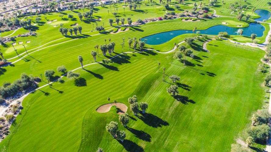 見た目にも多過ぎるゴルフ場