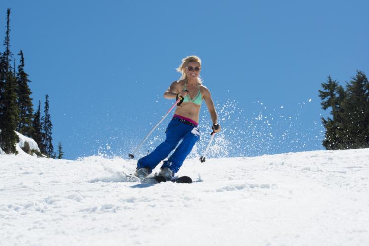 夏のスキー場の爽やかさ