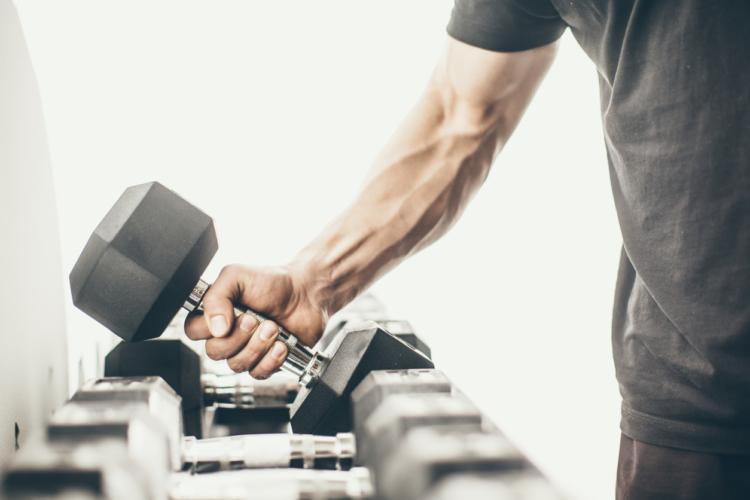 前腕を鍛えるための基本筋トレ2種目