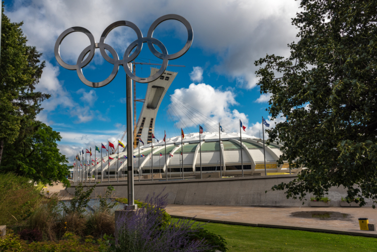オリンピックはなぜ4年に1回なのか