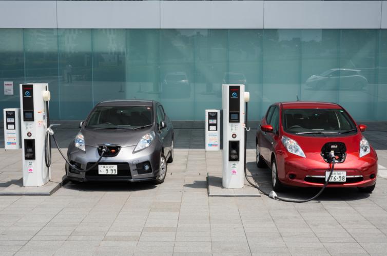 どうなる電気自動車