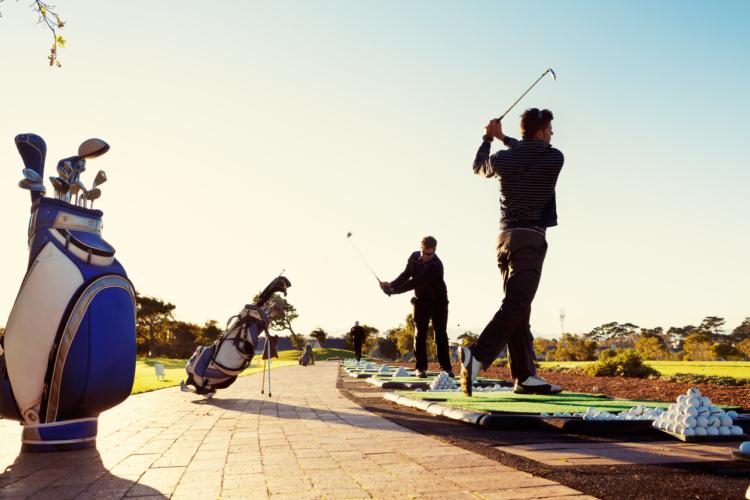 似て非なる面もあるゴルフ場と練習場