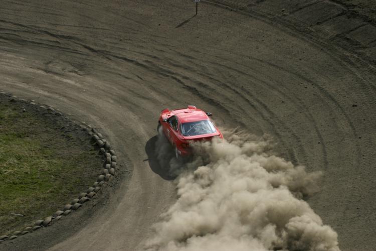 ダートトライアルと言う自動車レースを知っているか