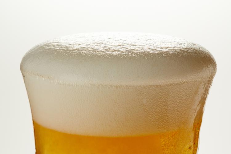 美味しいビールの泡の割合は?