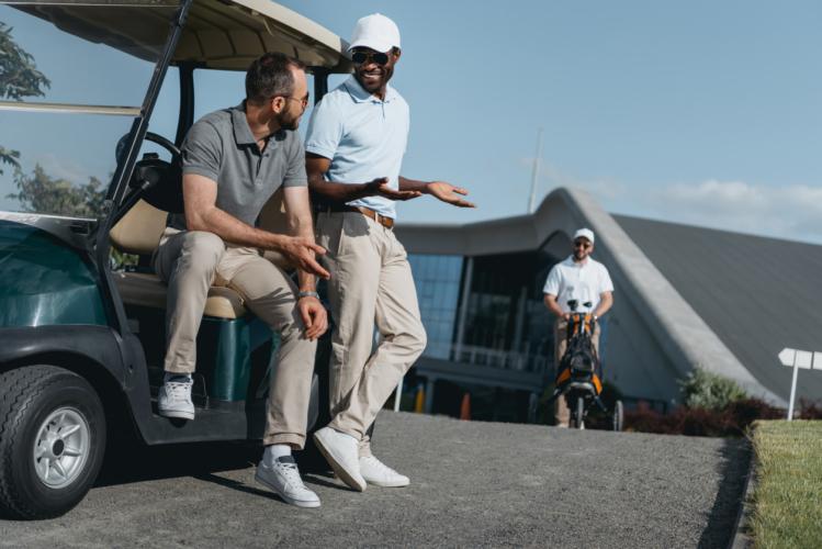 ゴルフ好きの知り合いが増える