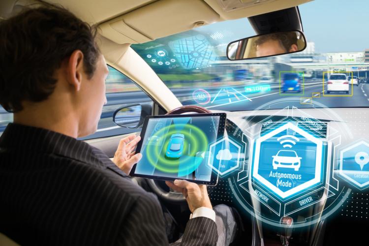 完全自動運転と日本の自動車メーカーについて