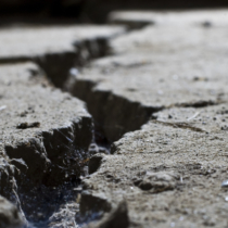 日本における地震は国土の割りにはかなり多い