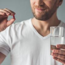 素人判断で薬を増減するのは百害あって一利なし