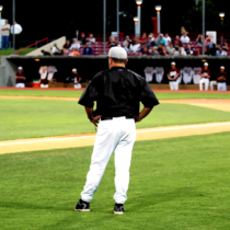 元プロ野球選手が高校野球の監督になるには?