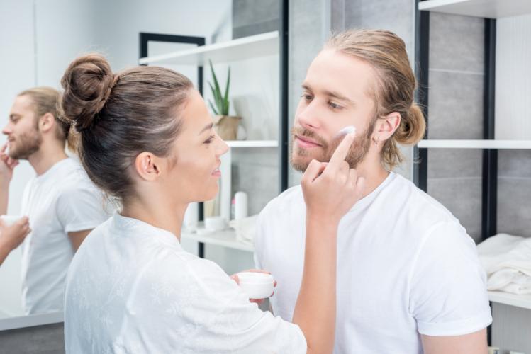 化粧水で気分も高揚する