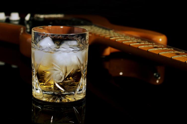 ウイスキーもオーダーを変えれば粋になる
