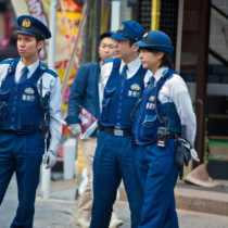 警察は怪しさを求めるというより違和感に反応する