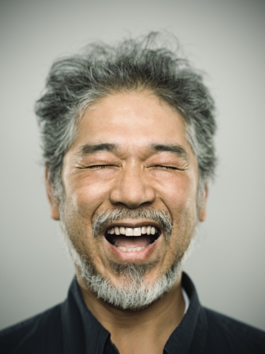 「素敵な笑顔」がモテる雰囲気を演出!