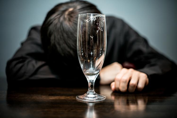 3.何よりもアルコールを「飲みすぎない」