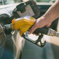 ガソリンスタンドで進められる「水抜き剤」!