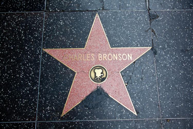 チャールズ・ブロンソンとは「男の世界」とは