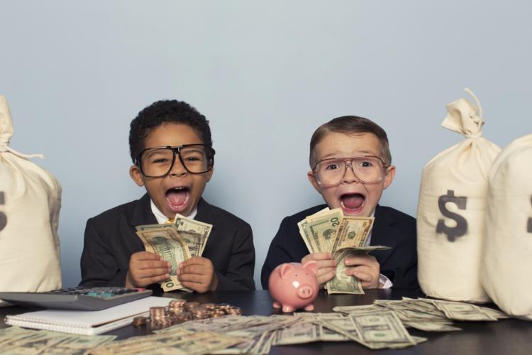 お金と子育て論!貯金習慣を学ばせるためには?