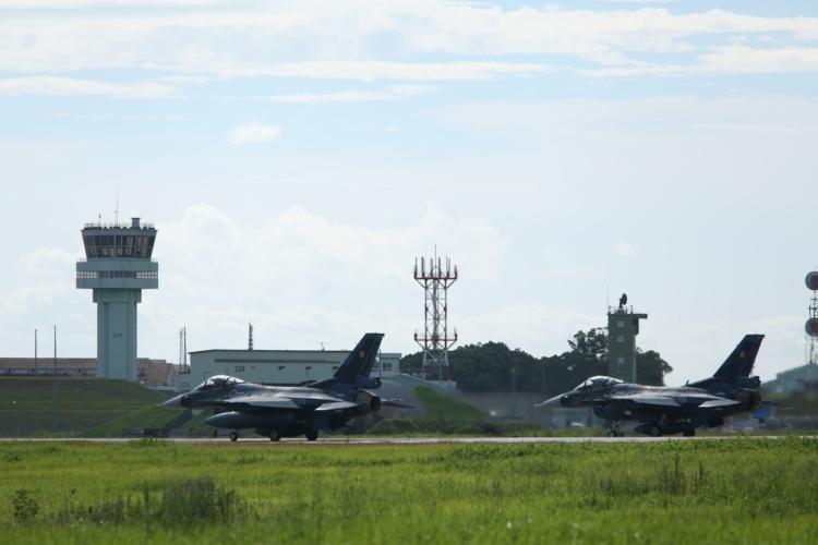 軍用機事故のニュースが続いた日