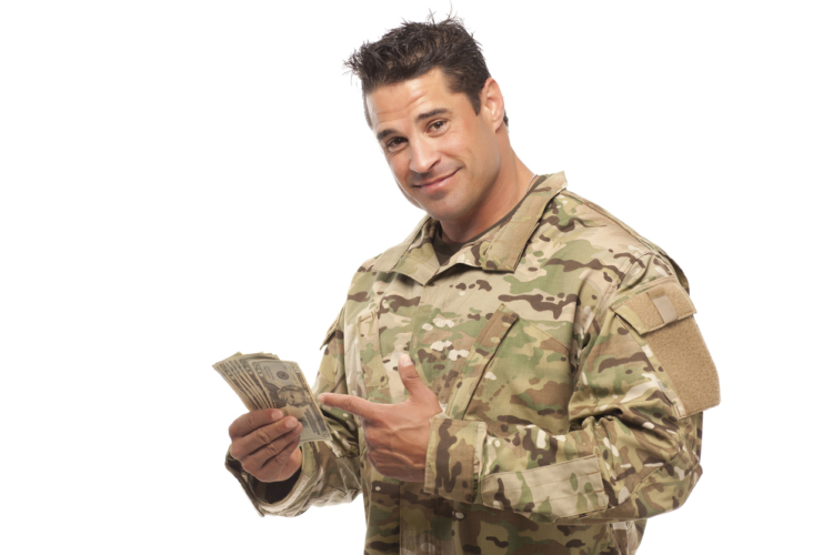 軍隊にも給料はある