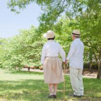 老後への不安を感じるオヤジ世代