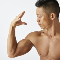 人気上昇率ナンバーワンの筋肉「三角筋」