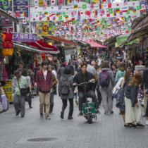 韓国・最低賃金引上げで、自営業者大量廃業の危機…何故政策撤回しない大統領?