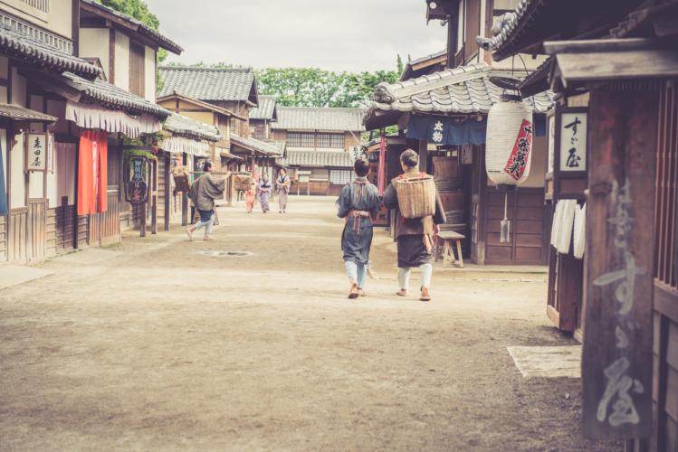 江戸時代、不安定な農民の収入を支えた副業は〇〇だった!