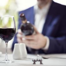 悩めるオヤジをソムリエが救う!恥をかかないワイン選び